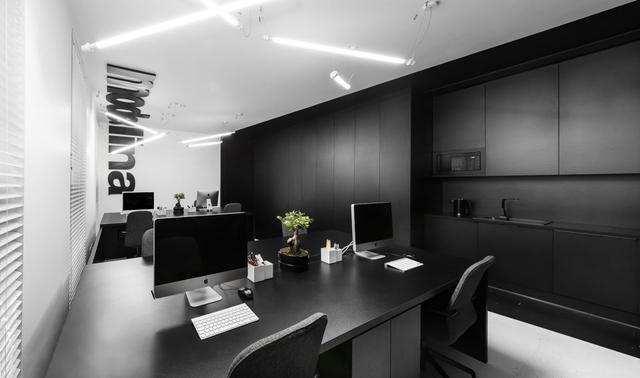 极简黑白办公室装修效果图