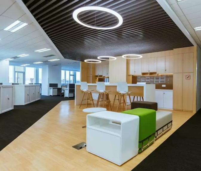 900平方米办公室装修图