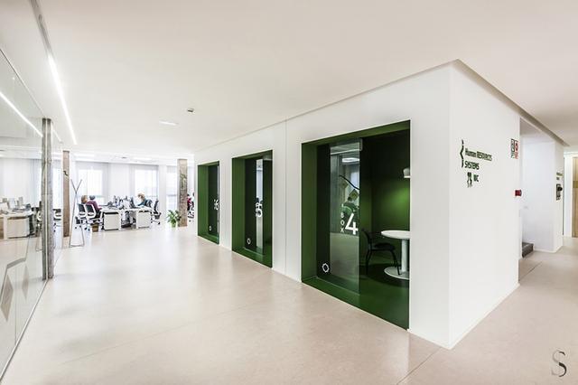 1000平方米办公室装修效果图